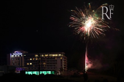 Feuerwerk zur Eröffnung des Panorama Spa im Bio-Seehotel Zeulenroda