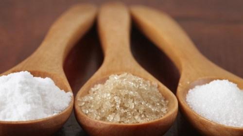 normal vs refined sugar