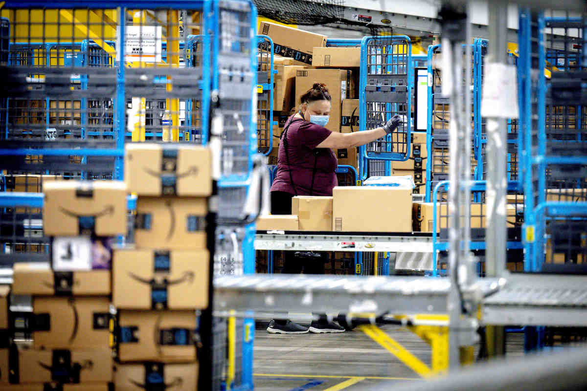 'We're Going to Protect Workers': New California Law Takes Aim at Amazon's Unsafe Work Quotas