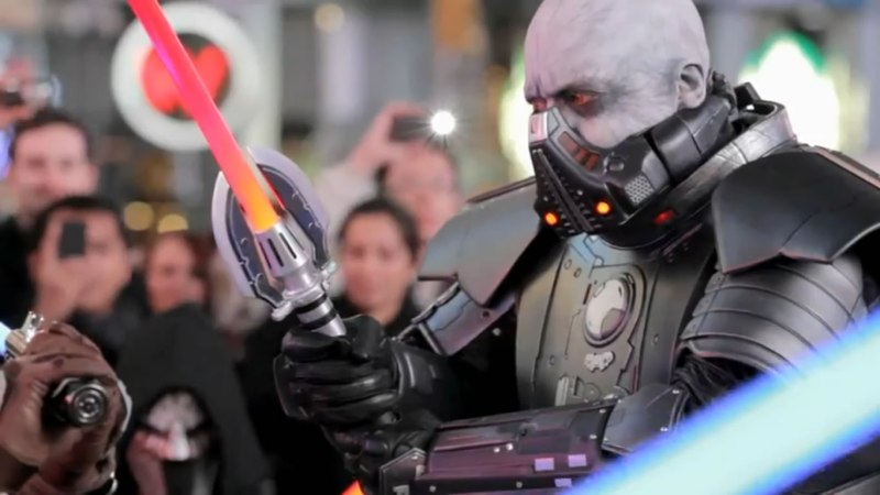 NYC First Ever Lightsaber Freeze Mob