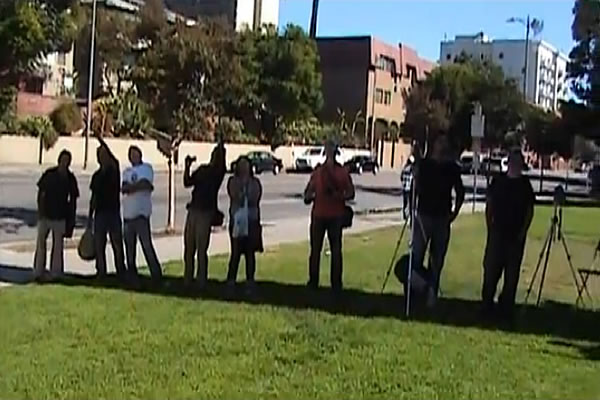 Los Angeles Man Summons UFOs