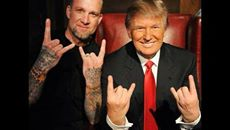 Donald Trump hand signs of Moloch, Satan