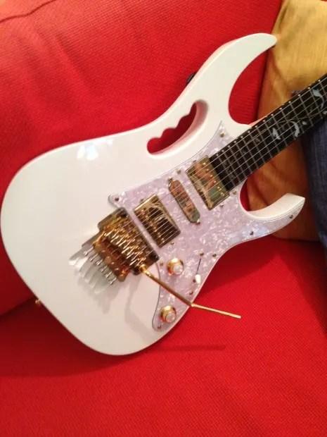 Ibanez Jem7vwh W Lukather Fender Pups And Orig Fr
