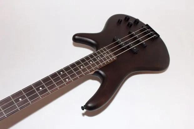 Ibanez Gsr200 4 String Walnut Electric Bass Guitar
