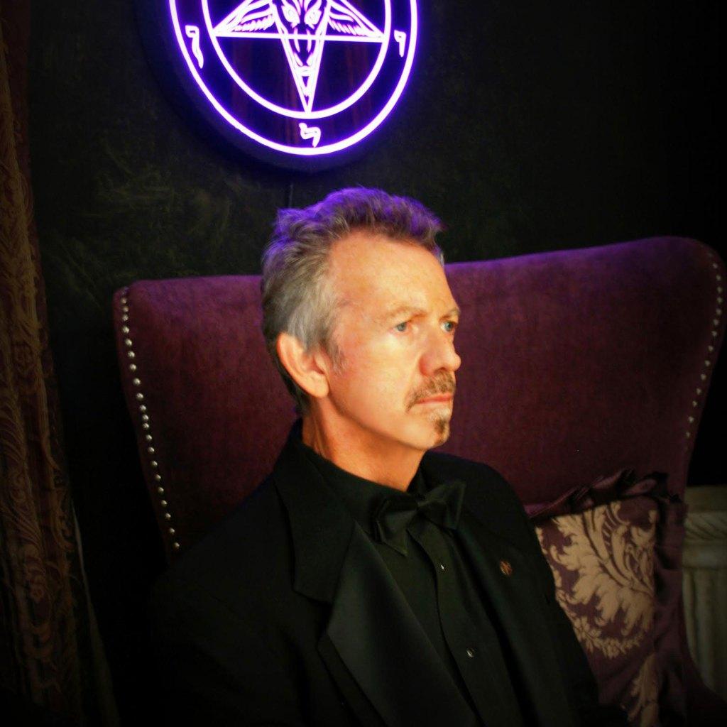 Magister Dr. Robert Johnson