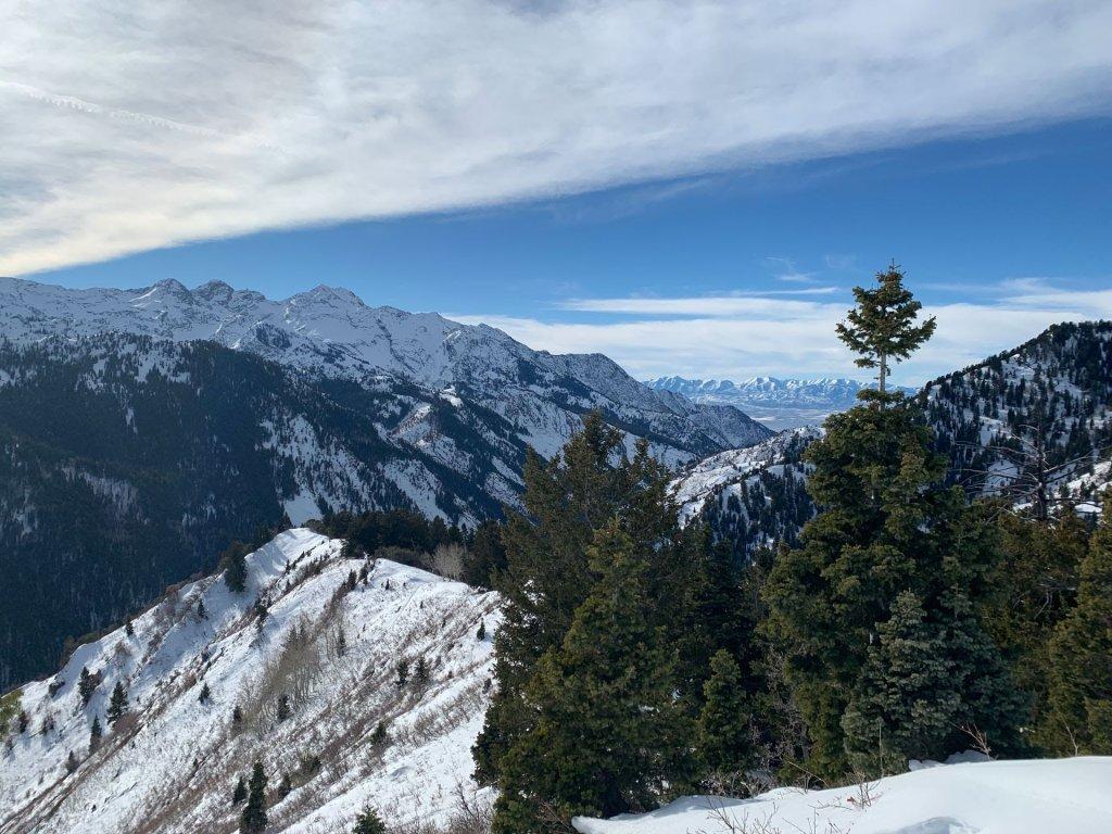 Snowshoeing Circle Peak Trail, Big Cottonwood Canyon, Wasatach Mountains, Utah