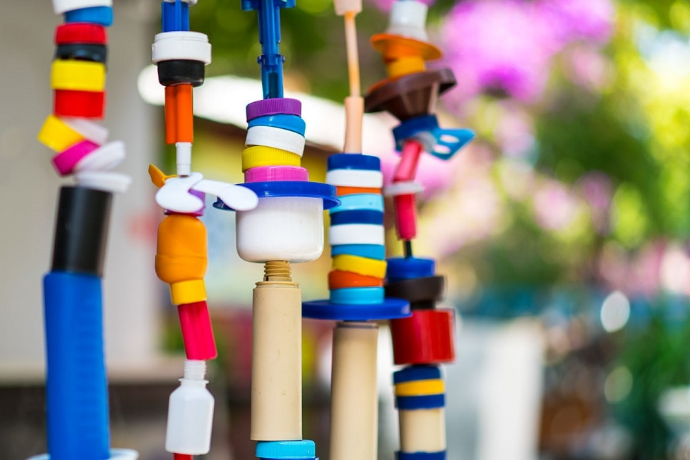 Colourful-plastic-wind-chimes-side-view-min