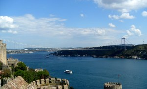 FSM_bridge_from_Rumelihisarı,_İstanbul,_Turkey