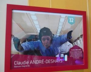 """Photo de l'exposition """"50 ans de femmes dans l'Espace"""" à la Cité de l'Espace"""