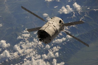 l'ATV 4 juste avant son amarrage à l'ISS