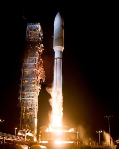 lancement de NROL-39, depuis la base de Vandenberg par une fusée Atlas-5