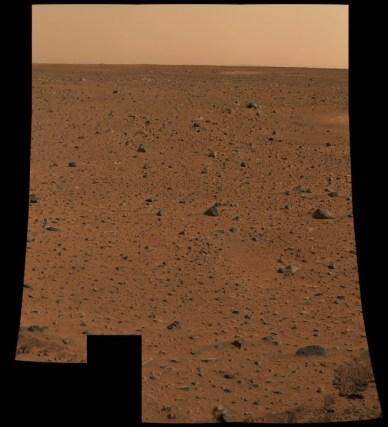 Première image couleur du sol martien par Spirit (source NASA/JPL)
