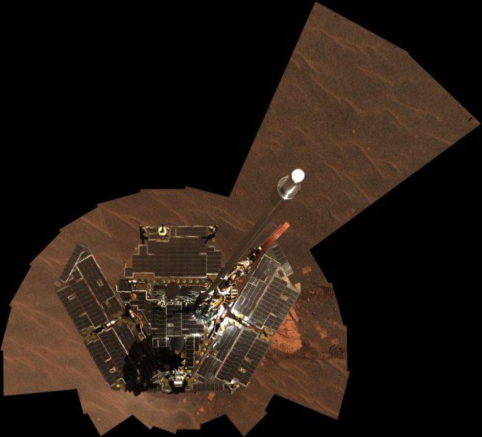 Auto portrait d'Opportunity en décembre 2004 (source NASA)