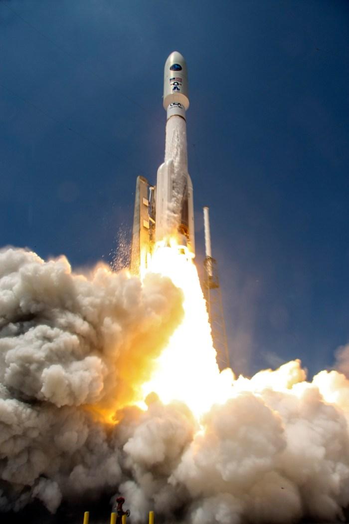 Décollage de la fusée Atlas 5 avec NROL-67 à son bord (source ULA)