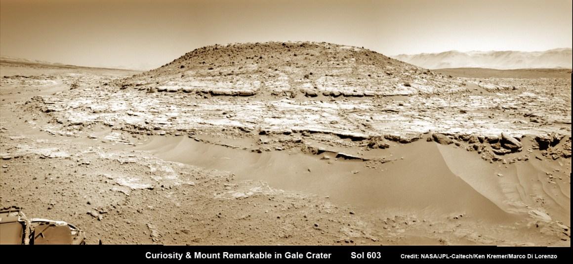 Curiosity sur le Mont Remarquable sur Mars (source NASA)