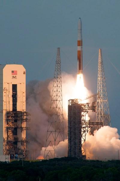 Lancement le 28 juillet d'une Delta IV emportant les 2 satellites GSSAP et le satellite ANGELS (Credit: United Launch Alliance)