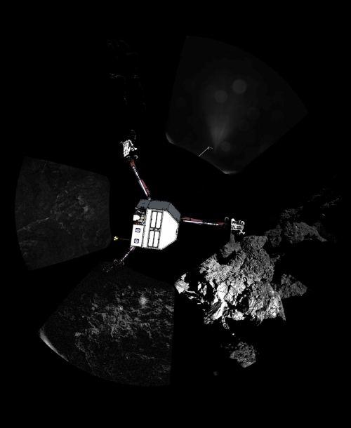 L'atterrisseur Philae a envoyé sa première image panoramique depuis la surface d'une comète. Le point de vue, non transformé, comme il a été capturé par le système d'imagerie CIVA-P, montre une vue à 360 ° autour du point d'atterrissage final. Les trois pieds de Philae peuvent être vus. Un croquis de Philae a été superposé à l'image dans la configuration dans laquelle l'équipe de l'atterrisseur croit qu'il se trouve actuellement (© ESA / Rosetta / Philae / CIVA)