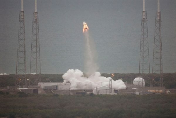 Space X Dragon V2 Pad Abort Test
