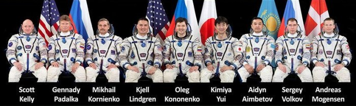 9 hommes, 5 nationalités différentes à bord de l'ISS avec l'arrivée du Soyouz TMA-18M le 4/09/15 (credit NASA)