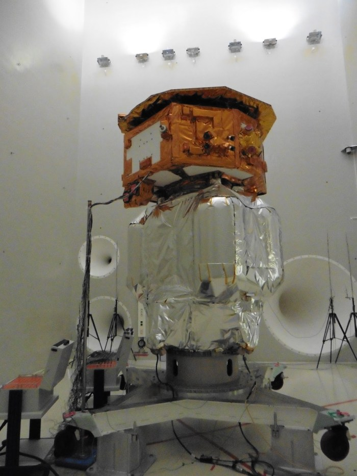 Essai acoustique de Lisa Pathfinder (Crédit : Airbus Defence and Space Ltd)