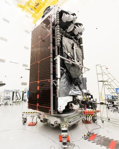 Le satellite Intelsat 29e lancé le 27/01/16 (credit Boeing)