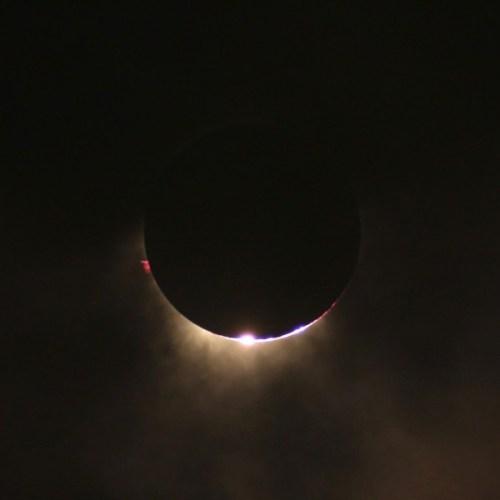 L'éclipse totale du Soleil du 9 mars 2016 depuis Palembang en Indonésie (Crédit : Hazarry Haji Ali Ahmad)