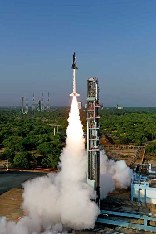 Lancement de la mini-navette RLV-TD de l' ISRO le 2305/2016 (credit ISRO)
