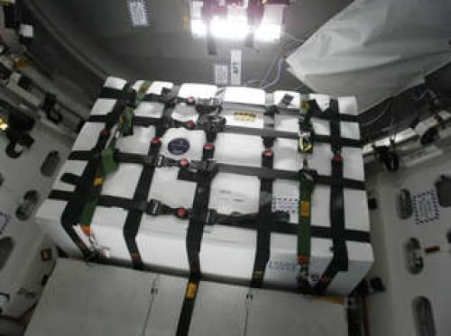L'expérience Saffire-1 fixée dans le module pressurisé du cargo OA-6 (credit Nasa Glenn research)