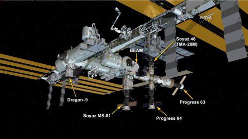 Configuration de l'ISS après l'arrivée du cargo Progress MS-03 et du Dragon CRS-9 (credit NASA TV)