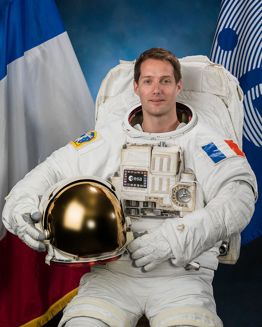 Photo officielle de Thomas Pesquet en scaphandre de sortie extra-véhiculaire (credit NASA/ESA)