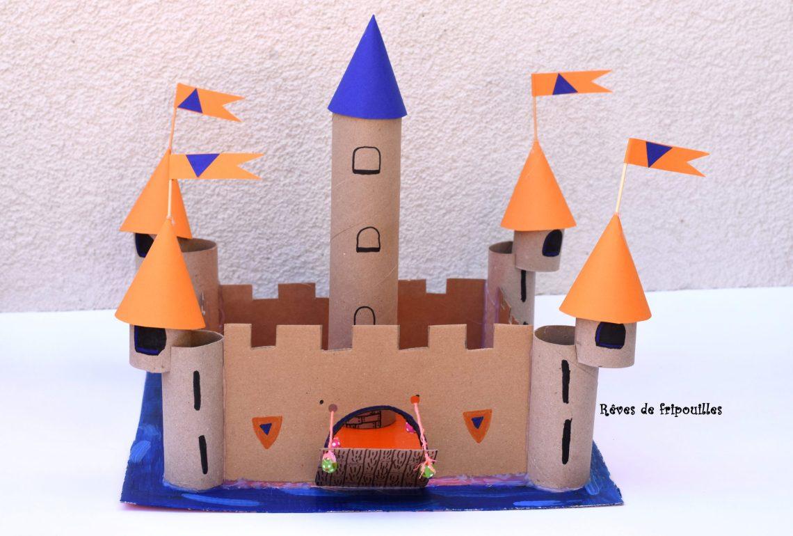 Chateau En Cartons Et Rouleaux De Papier Toilette Reves De Fripouilles