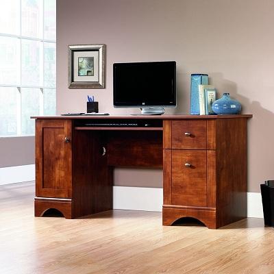 9. Mainstays Student Desk