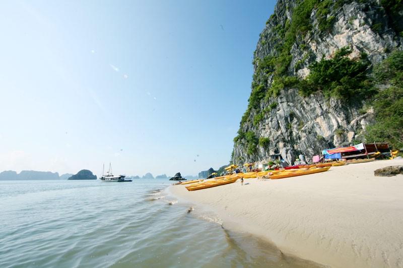 Thông tin chi tiết tuyến 4 tham quan vịnh Hạ Long – Hang Thầy, Khu vực Cống Đỏ, Khu vực Vung Viêng