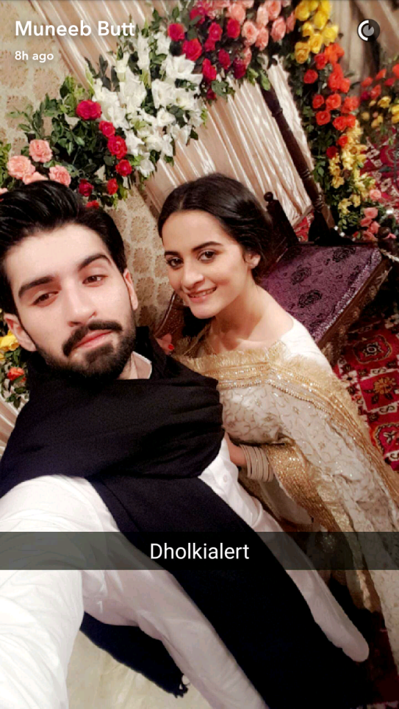 Aiman Khan Amp Muneeb Butts Dholki Pictures Reviewitpk