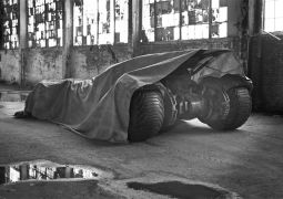 Zack-Snyder-Batman-vs-Superman-Batmobile-Tease-Enhanced