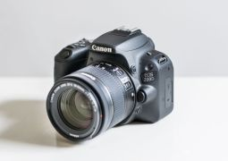 Canon EOS Rebel SL2 / EOS 200D review