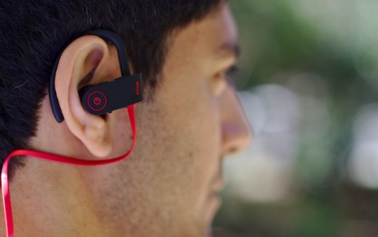 Guide to Buy a Hands-Free Kit for Your Car