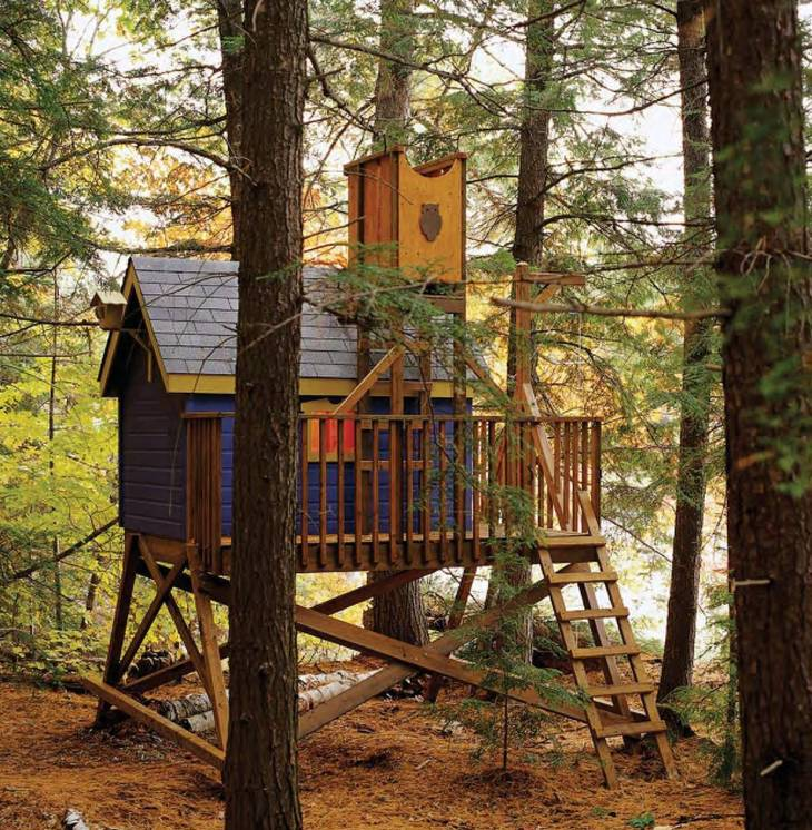 Little DIY Tree House on the Ground