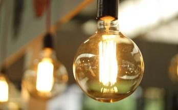 light-bulbs-power-efficiency