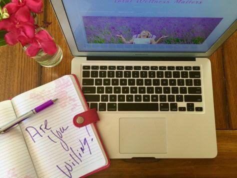 laptop-notebook-computer-writing
