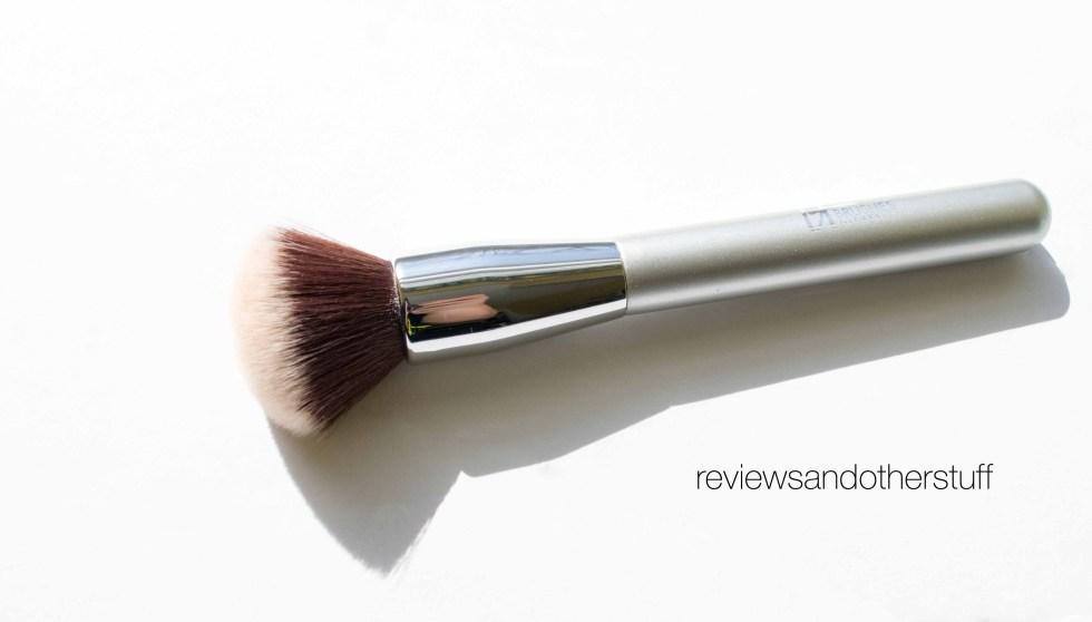 ulta airbrush blurring foundation brush 101