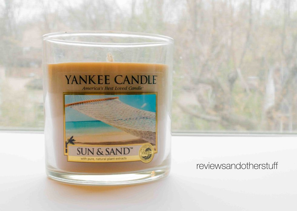 yankee candle sun and sand review
