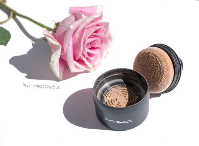 mac mineralize loose powder foundation