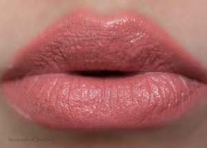 nars velvet lip glide playpen lip swatch