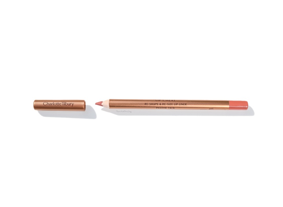 charlotte tilbury lip cheat liner review