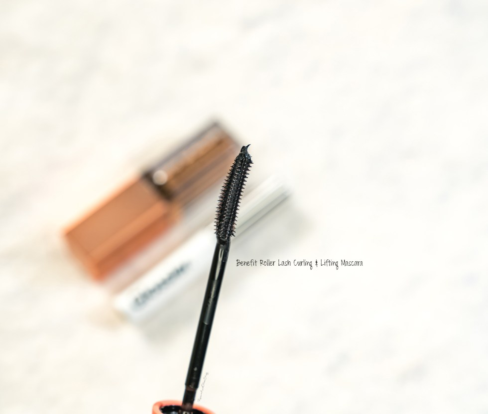 Benefit Roller Lash Curling & Lifting Mascara in Black review
