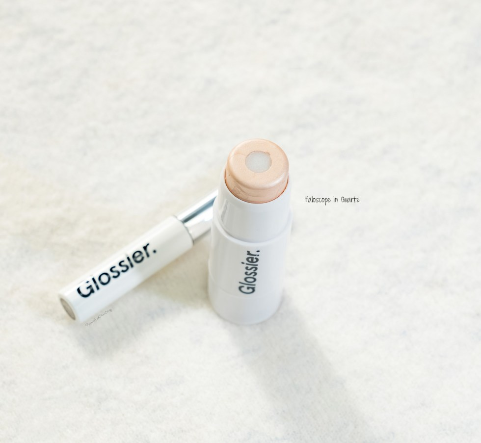 Glossier Haloscope in Quartz swatch review