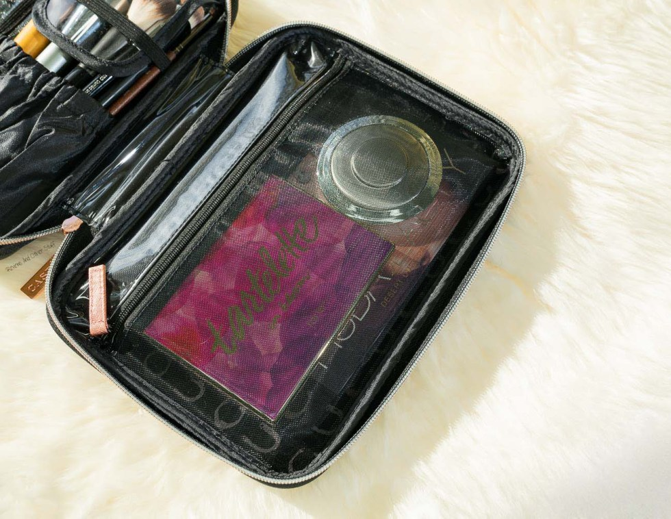 Voyage Makeup Travel Case
