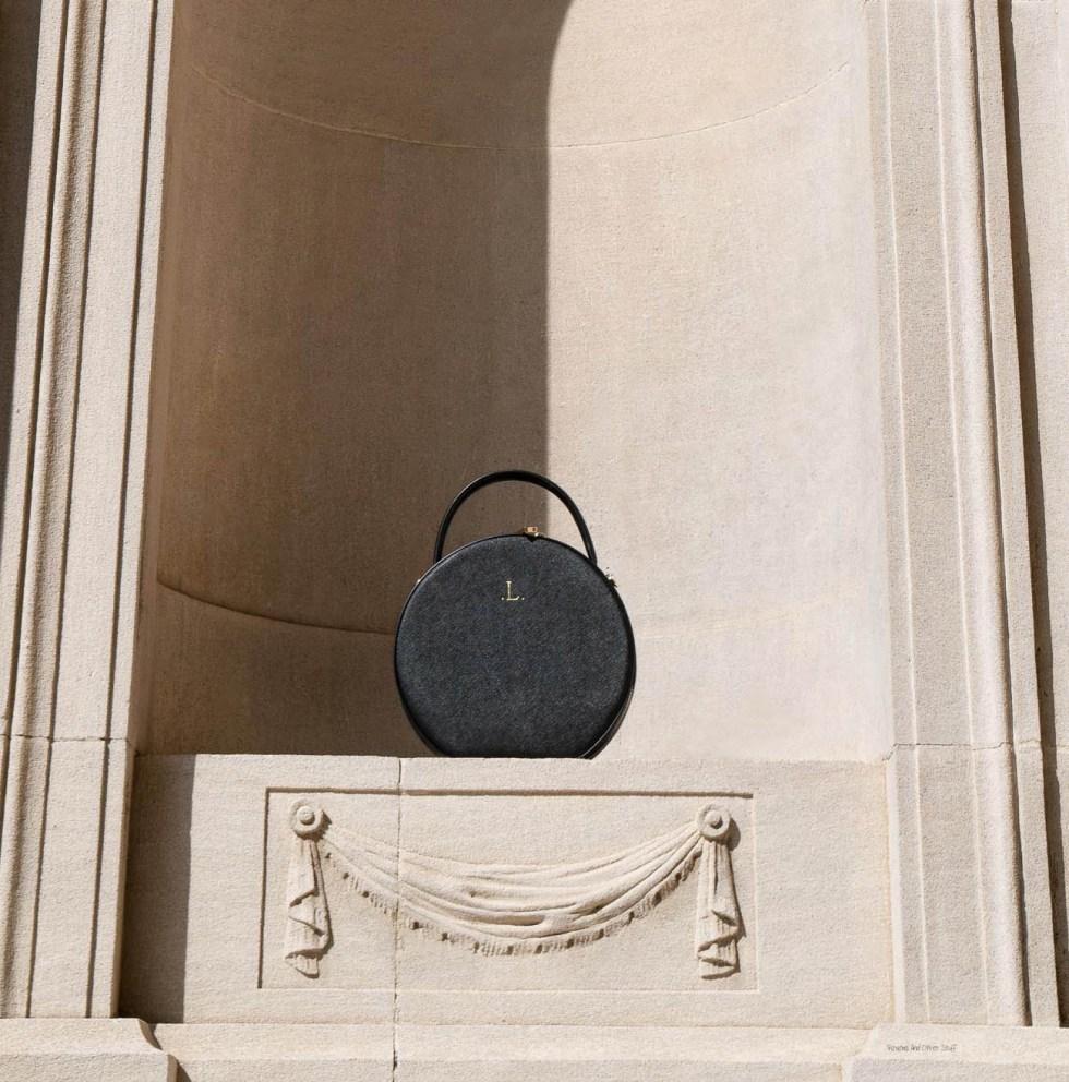 the daily edited black circle bag