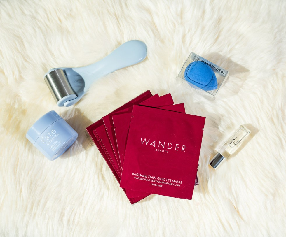 Wander Beauty Baggage Claim Gold Eye Mask